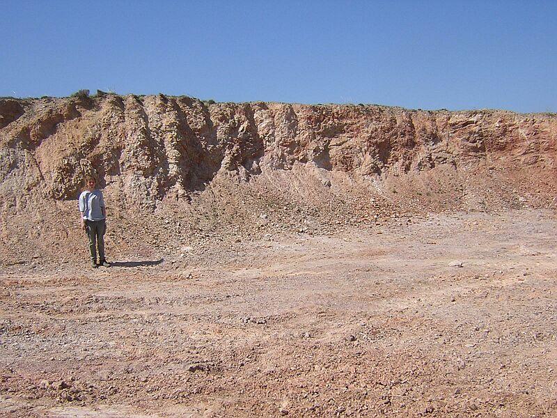Cantera, arenisca cuarcítica de Daroca, bloque Cámbrico de Olalla, impacto de Azuara